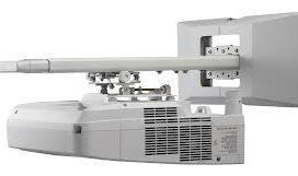 Videoproiettore a focale Ultra Corta NEC
